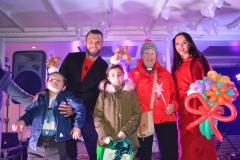 Crowd gets into the festive spirit at Christmas lights switch on