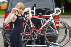 Gina wins place at triathlon academy