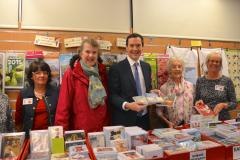 Pop up Christmas card shop returns paying charities 100%
