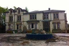 Police concerned about youths gaining entry to derelict building
