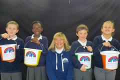 Primary school raises nearly £700 for children's hospice