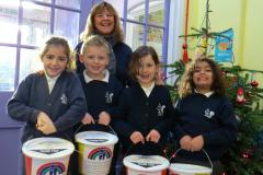 Primary school raises nearly £750 for children's hospice