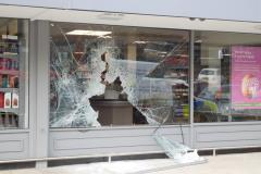 Crooks smash into supermarket but leave empty handed