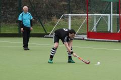 Hockey: Warburton keeps Edge's promotion hopes alive
