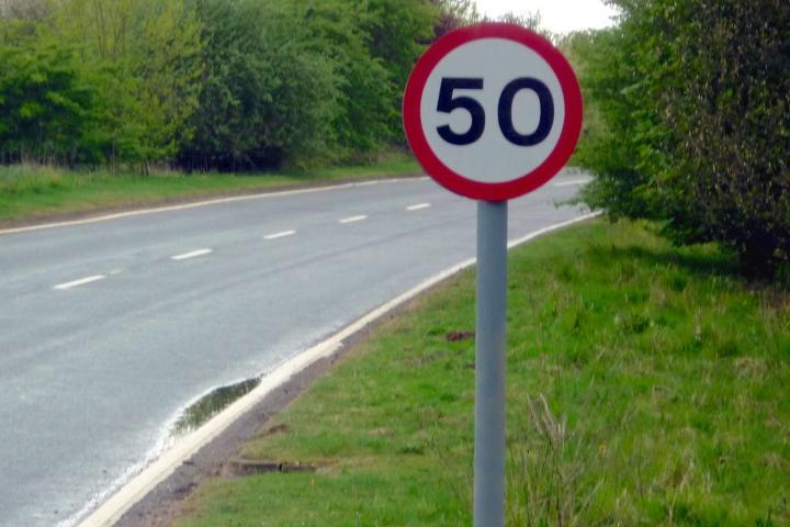 Plans to reduce speed limit on Congleton Road